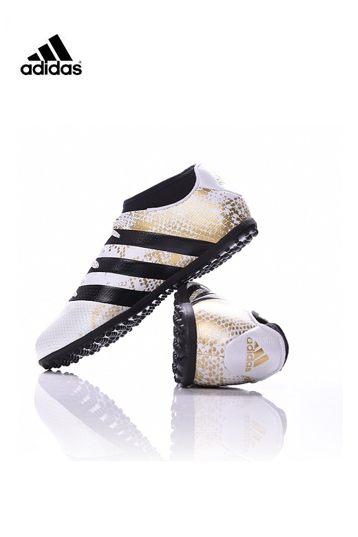 Adidas fiú focicipő műfű, salakra  Primemesh 16.3